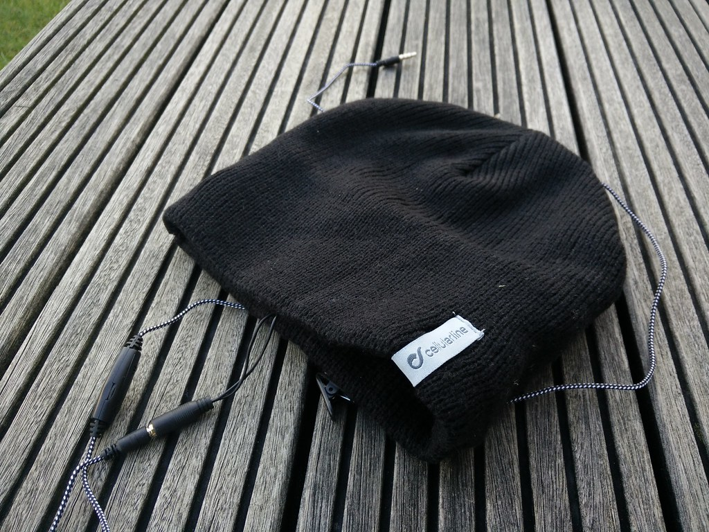 Cellularline Music Cap