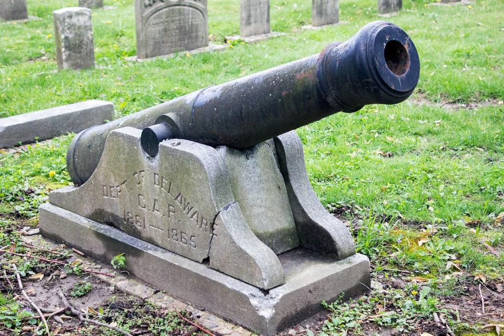 wilmington-brandywine-historical-cemetary-canon-civil-war