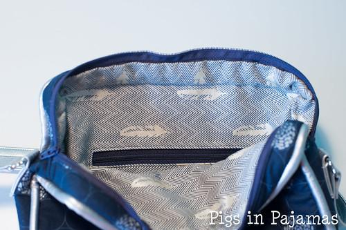 Polaris bag inside
