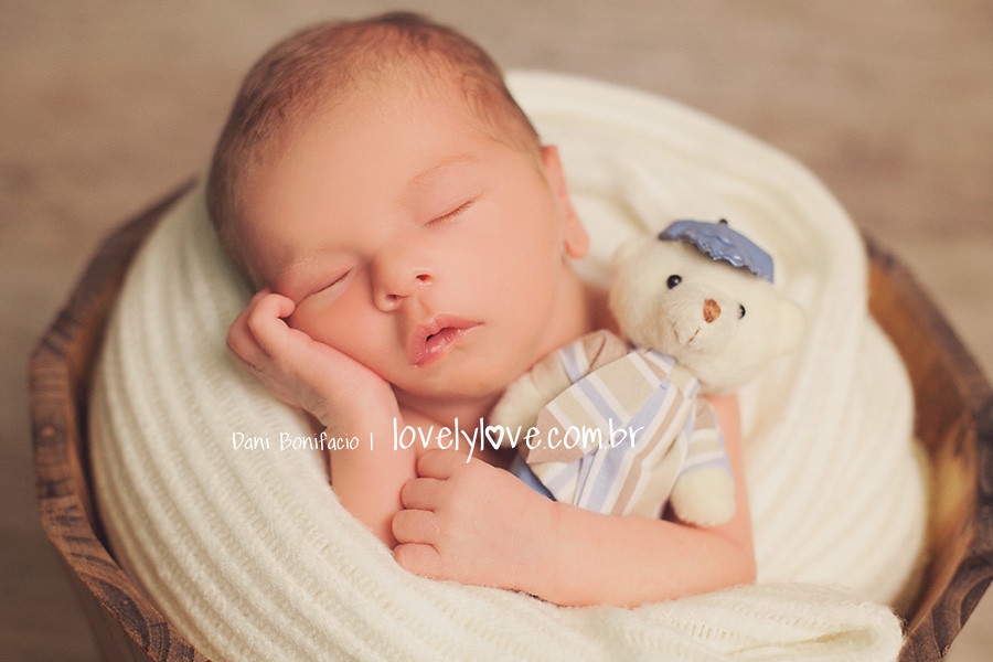 danibonifacio-lovelylove-ensaio-book-fotografia-foto-fotografa-estudio-newborn-recemnascido-bebe-baby-nenem-balneariocamboriu-itajai-itapema-blumenau-bombinhas-piçarras-barravelha-gaspar-navegantes2