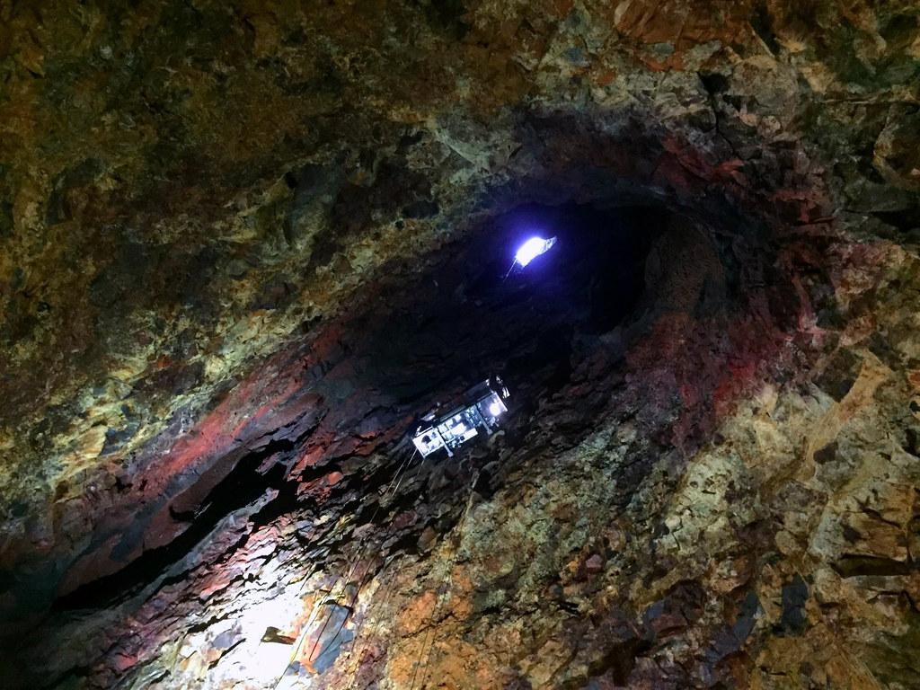 viaje al interior de la tierra a través de un volcán Islandés Viaje al interior de la tierra a través de un volcán Islandés Viaje al interior de la tierra a través de un volcán Islandés 24399064373 f32054f515 b