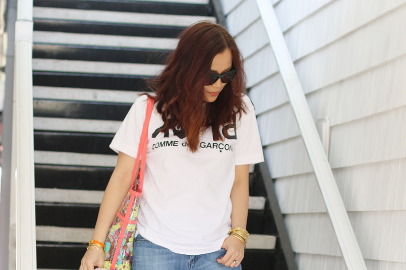 comme-des-garcons-white-tshirt-beach-waves-hair-2