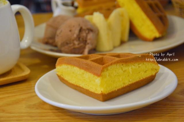 24952227711 1a9ea05086 o - [台中]Tano Cafe--老屋系列 part10之巷弄咖啡廳,有店貓唷!@北區 一中街