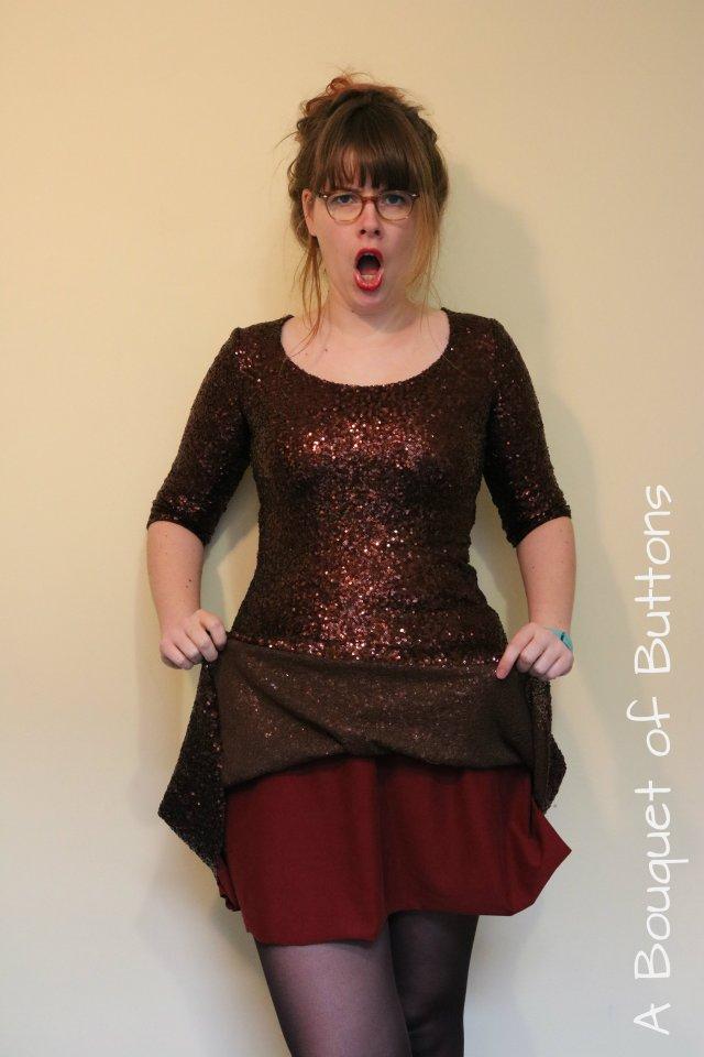 K3, glitterjurk, renfrew, renfrew jurk, renfrew dress, sewaholic, moens modestoffen, stoffencircus, naaien, jurk, glitter renfrew, glitterstof
