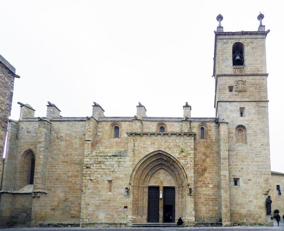 Iglesia Concatedral de Santa Maria Plaza de Santa Maria Caceres 01