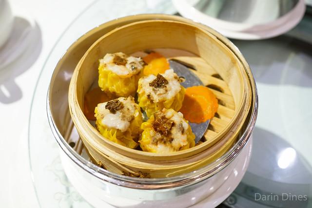 Steamed shrimp, pork and morel mushrooms dumplings