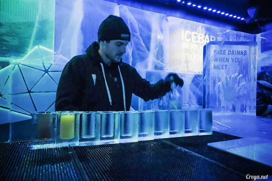 2016.03.24 | 看我歐行腿 | 斯德哥爾摩的 ICEBAR 冰造酒吧,奇妙緣份與萍水相逢的台灣鄉親破冰共飲 02.jpg