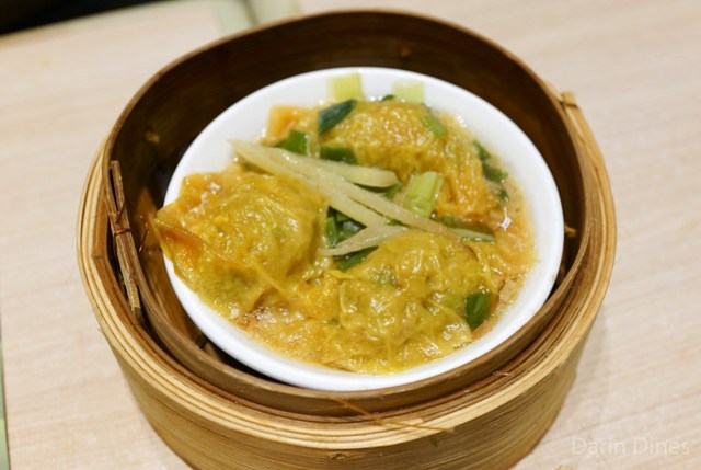Steamed beef dumplings with ginger & green onion