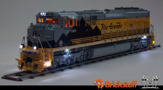 Union Pacific EMD SD70 Ace Locomotive in Lego, scaled 1:16