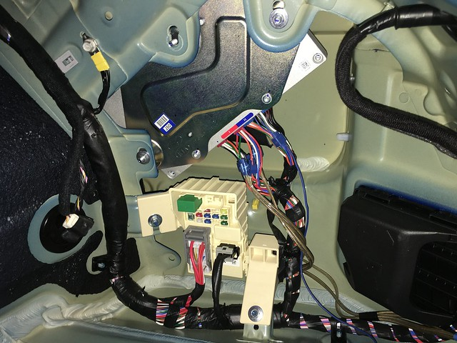 Kia Sorento 20032006 Audio Amplifier Pinouts Kia Forum