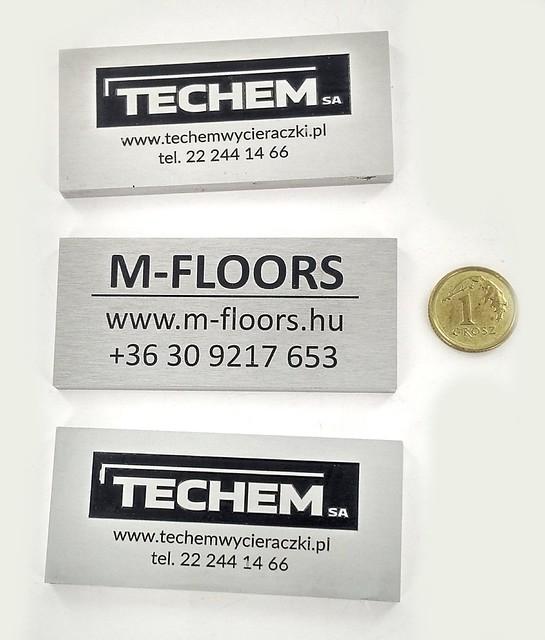 Tabliczki z logo z aluminium anodowanego
