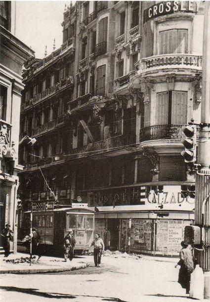 Madrid, Gran Vía (Avenida de los Obuses, Avenida del Quinc e y Medio) esquina Fuencarral, ca ¿1937? Foto ¿? Variante Uti 425