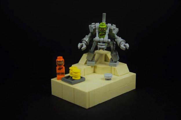 Micro Lego Exo Suit (21109)