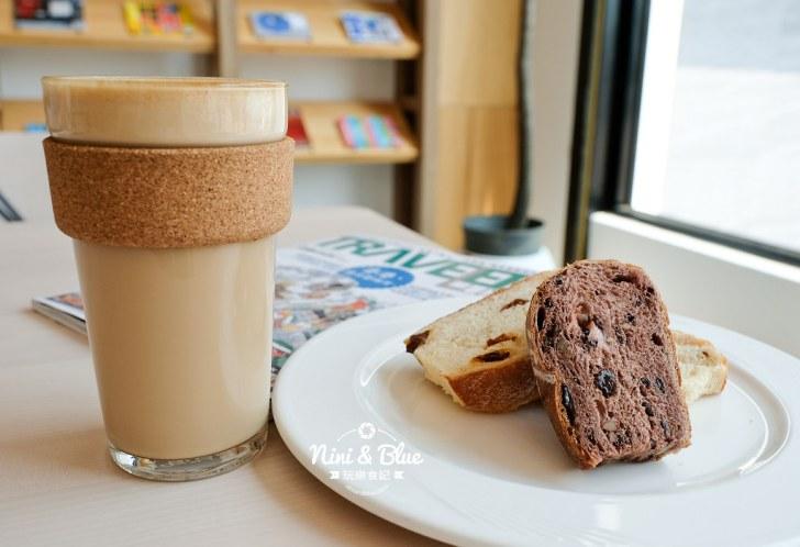 28130976157 9f628502b9 b - 說書旅人,手作麵包咖啡館,手感麵包限量出爐