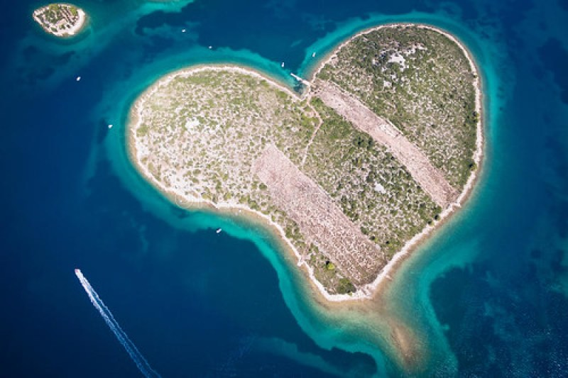 www.dreamstime.com galesnjak-island-croatia-aerial-view-heart-shaped-adriatic-coast-77184934