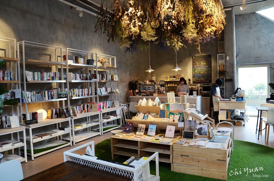青鳥書店10.JPG