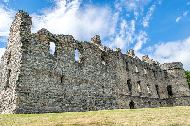 Stagecoach Whisky Trail - Elgin to Dufftown (Balvenie Castle)