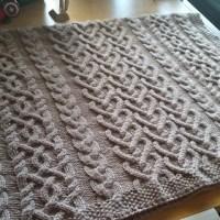 Summer of Baby Blankets, vol. 2 - Annie's Levi Blanket