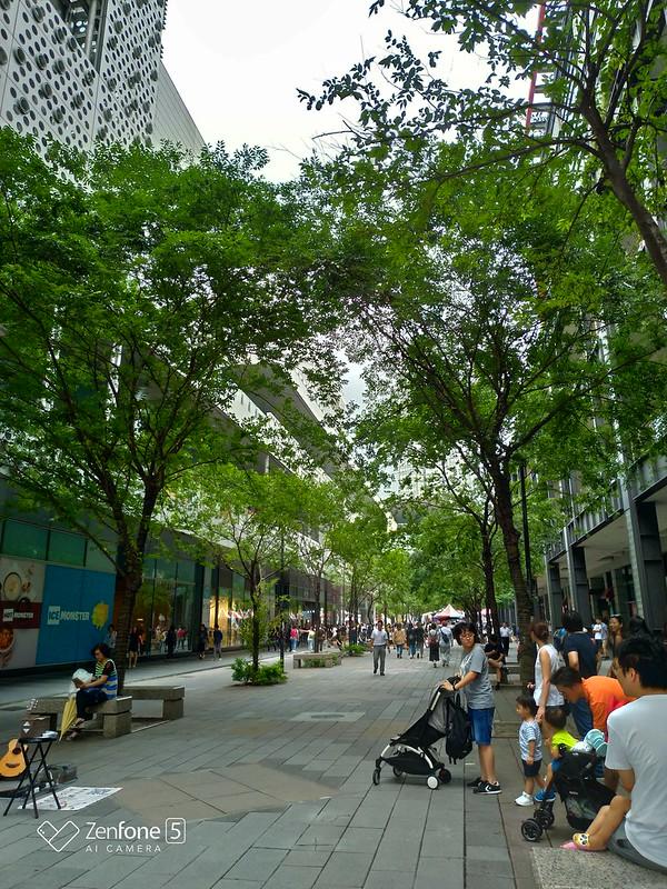 Street 2 - Normal (ZenFone 5, HDR)