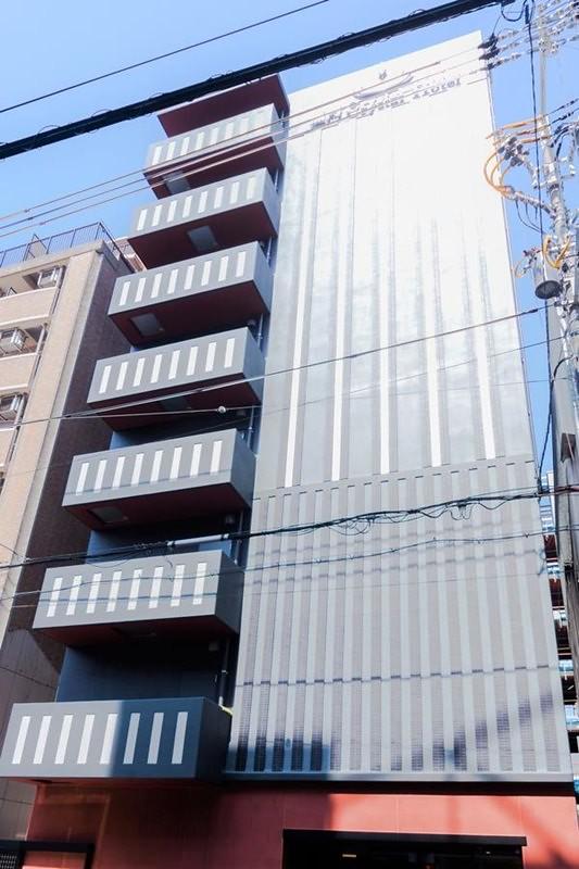 Kuromon Crystal Hotel 1