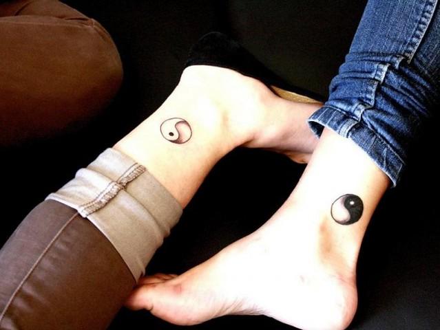 Tatuajes Yin Yang Los Opuestos Se Complementan Mini Tatuajes