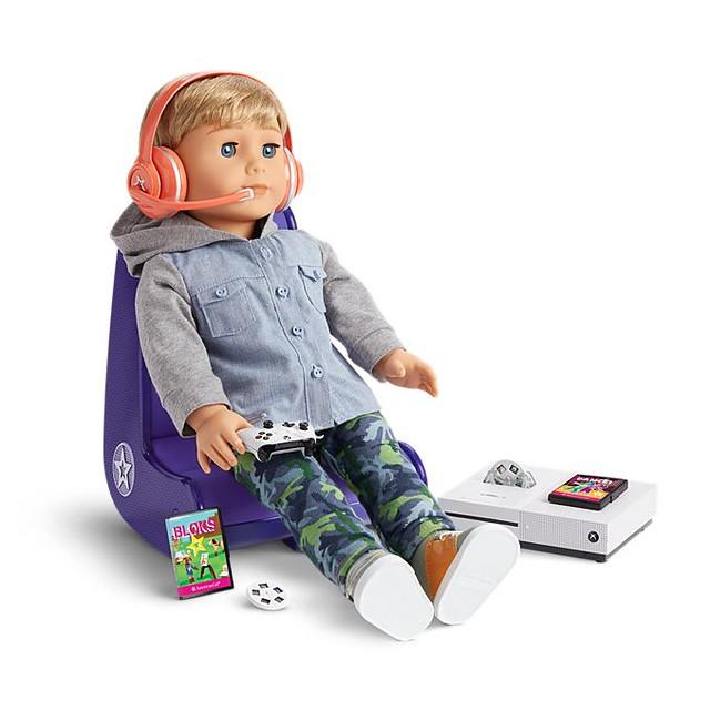 Американська дівчина - Xbox Gamer Set Chair та консоль