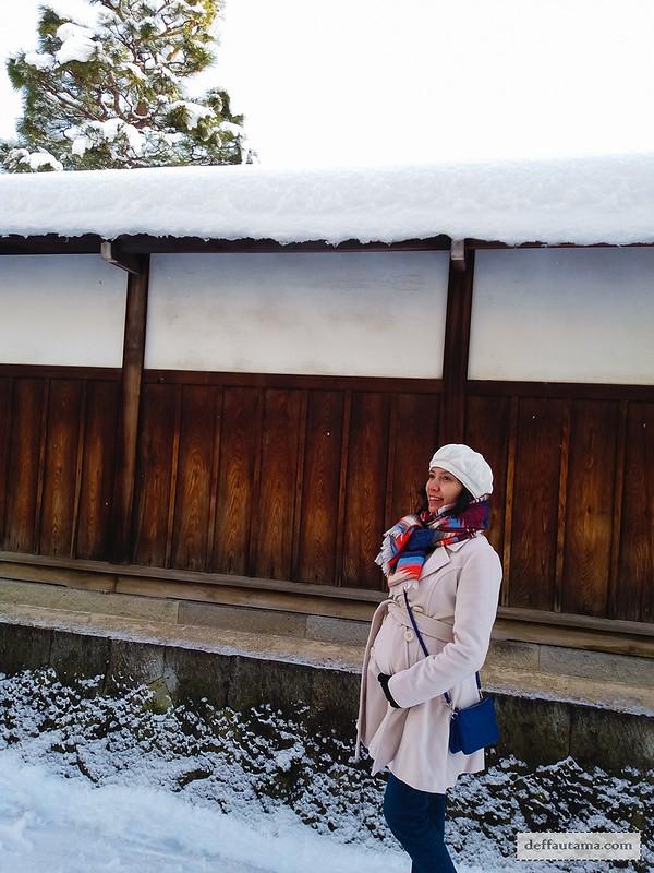 9 Hari Babymoon ke Jepang - Winter Coat 2