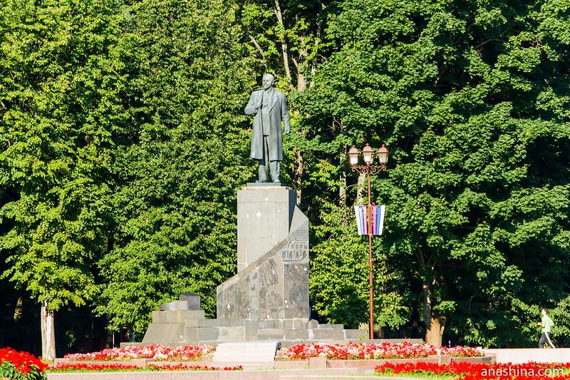Памятник Ленину, Великий Новгород