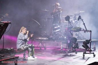 Panic! At The Disco + Hayley Kiyoko @ Rogers Arena - August 11th 2018