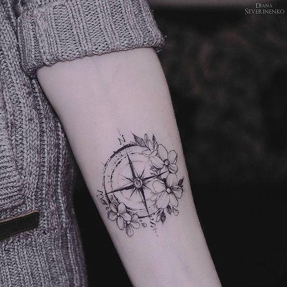 Tatuajes Rosa De Los Vientos Pon Rumbo A Tu Vida Mini Tatuajes