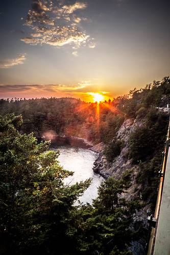Sunset over Deception Pass-001