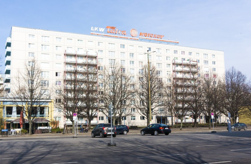 AirBnB Experience - Walking Tour with a Journalist to Discover East Berlin, March 2018