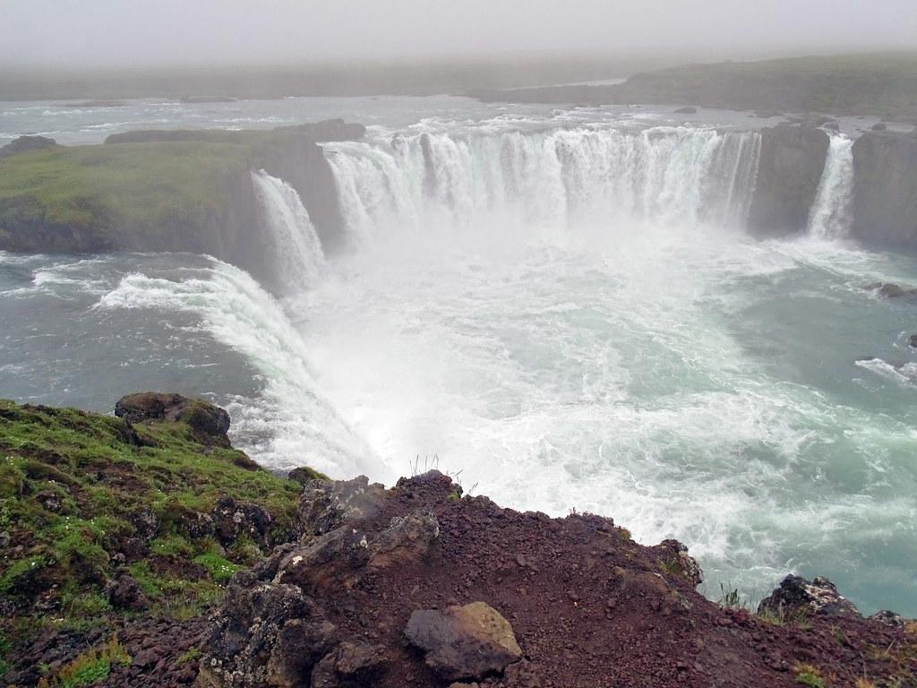 Cascada Godafoss de los dioses paganos Islandia 04