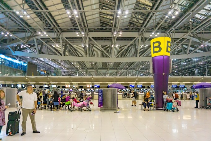 180815 スワンナプーム国際空港出発ロビー