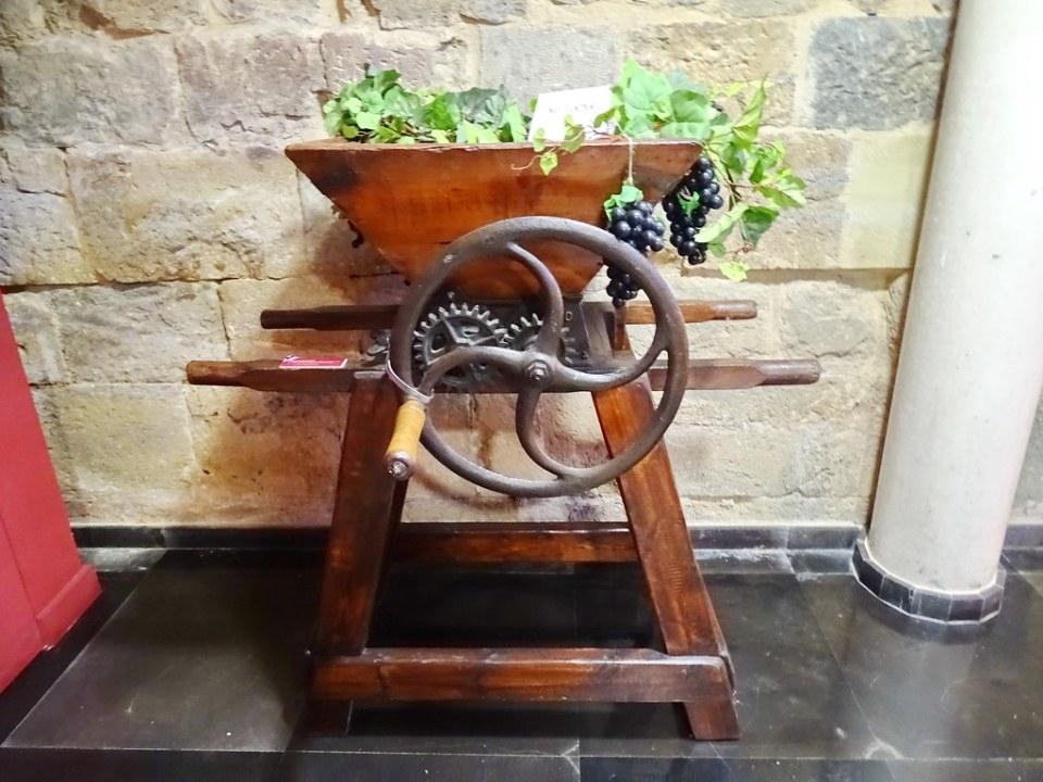 maquina Horca estrujadora Museo de Vino Campo de Borja Monasterio de Veruela Zaragoza