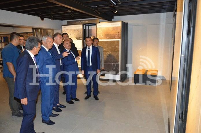Isparta-Valisi-Şehmus-Günaydın,-NG-Kütahya-Porselen-Yönetim-Kurulu-Başkanı-Erkan-Güler,-Mehmet-Uslu