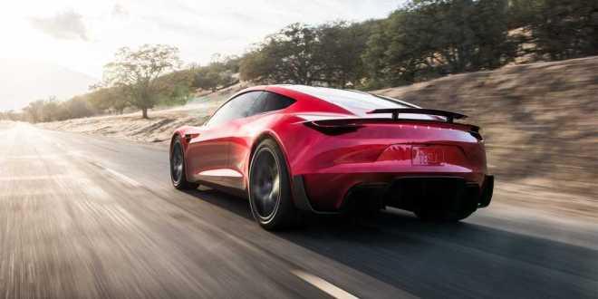 Tesla-Roadster-meilleur-que-ce-que-prévoyait-les-autres-constructeurs