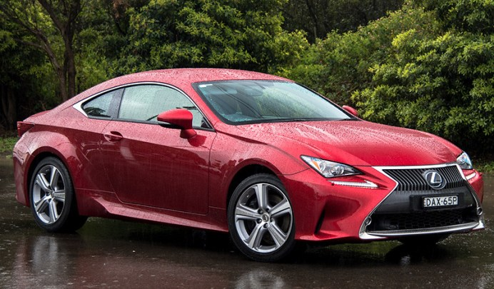 2016-Lexus-RC-200t-Luxury
