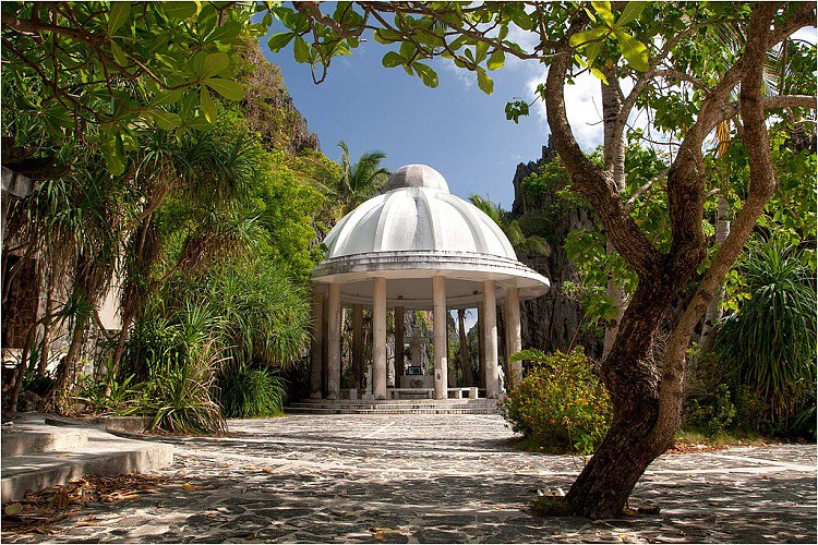 Matinloc Shrine, El Nido Island Hopping Tours, Philippines, Survive Travel (11)