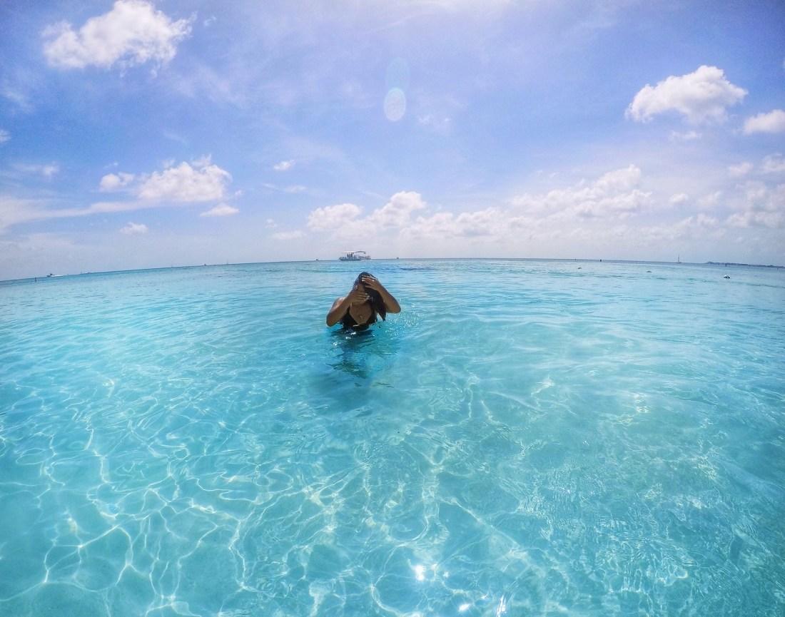 SEVEN MILE BEACH - CAYMAN ISLANDS