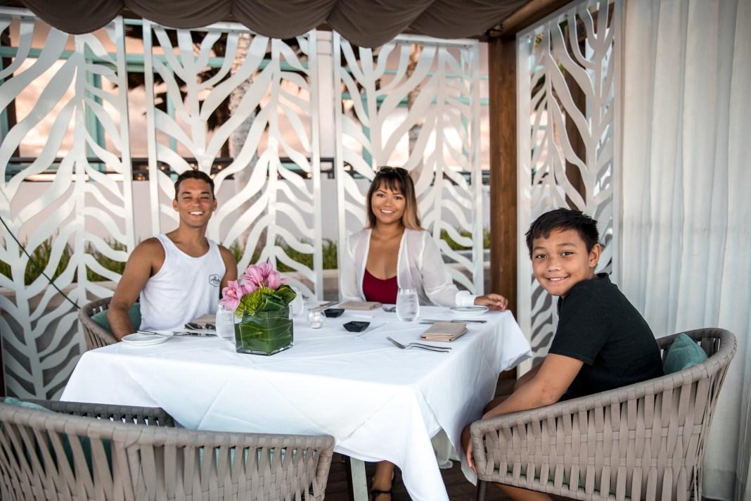 Prince Waikiki Hotel Infinity Pool Cabana
