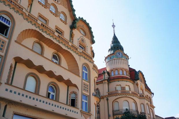 Palatul Vulturul Negru (Black Eagle Palace), Oradea