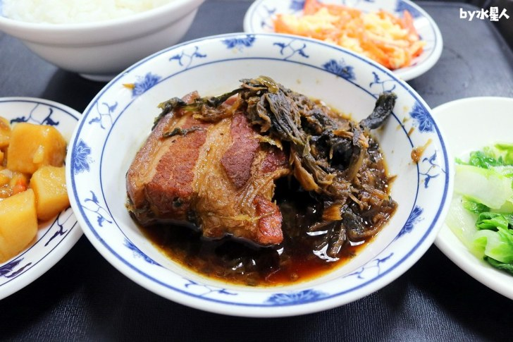 42675252560 27dbaf3717 b - 聯歡小西門|台中超過40年老字號懷舊盒餐,燉肉飯、蛋黃瓜仔肉飯好吃!
