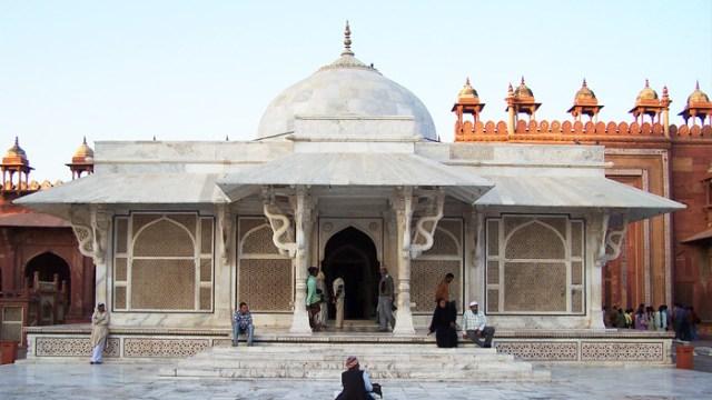 Fatehpur Sikri Travel Guide in Hindi | फतेहपुर सीकरी के प्रमुख पर्यटन स्थल