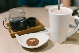 Coffee & chocolate milk & chocolate cookie @ Treellage 樹樂集
