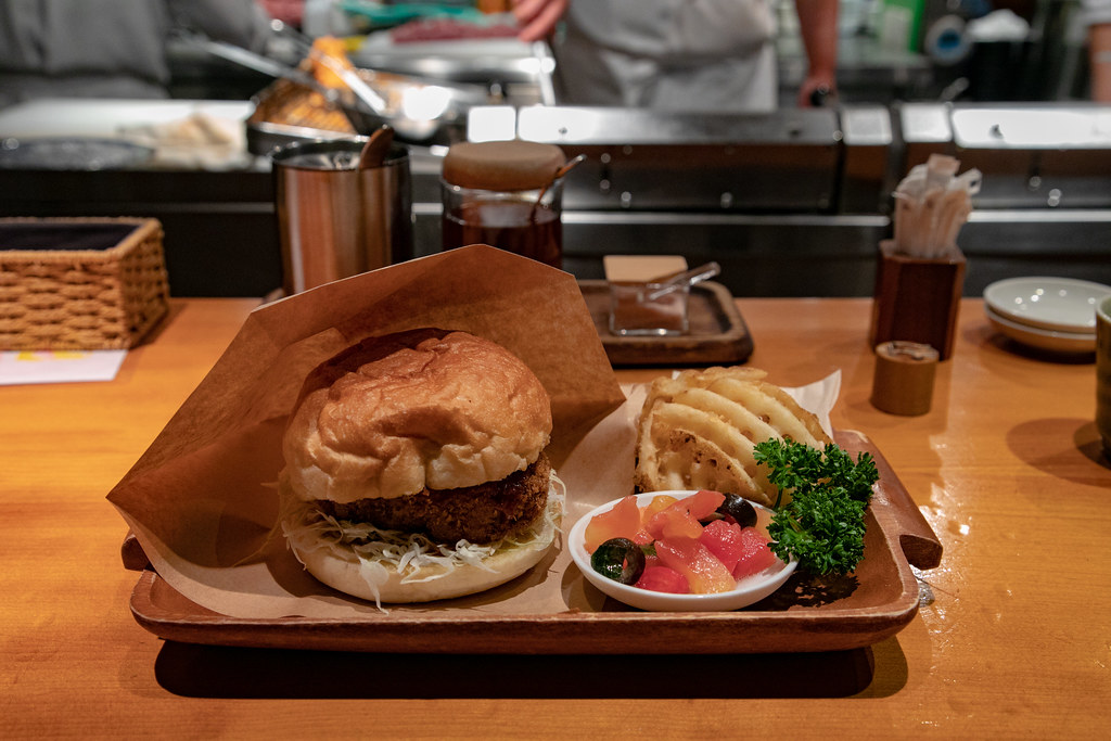 豚組ハンバーガー