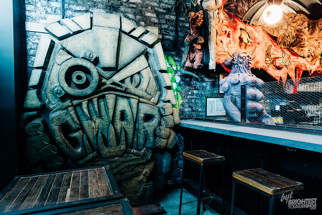 GWAR PUB Bar-13