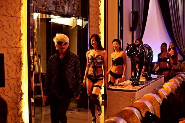 大陸的夜總會 在臺灣稱為酒店消費玩法大不同 - 9P臺灣權威夜生活娛樂