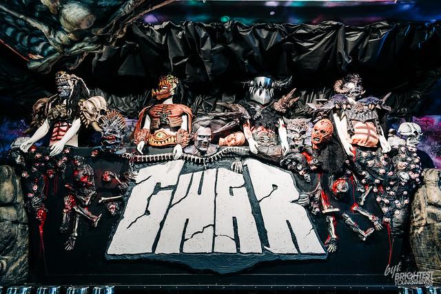 GWAR PUB Bar-5