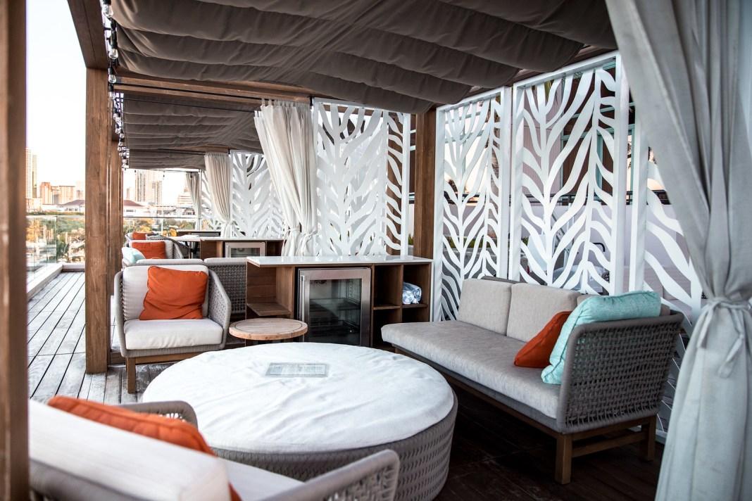 Prince Waikiki Hotel Infinity Pool
